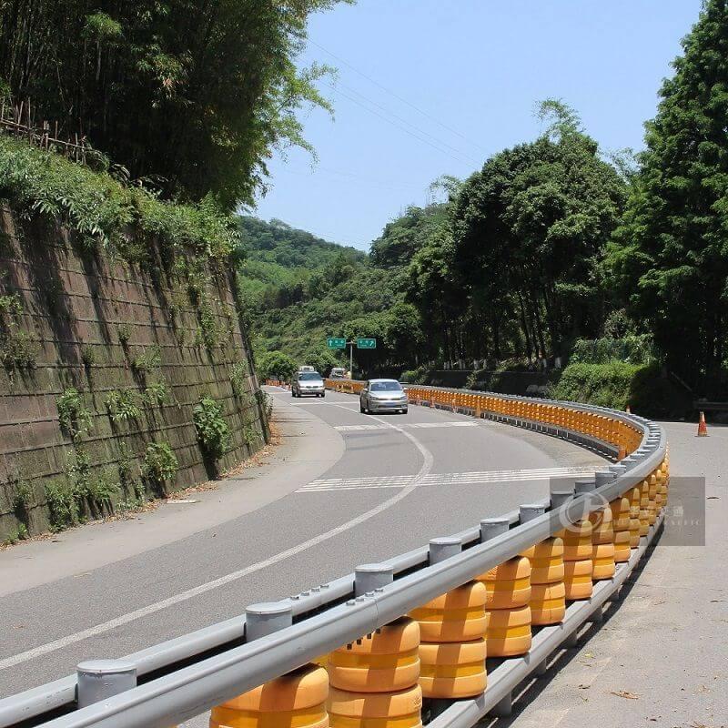 Polyurethane Foam Safety Roller Barrier