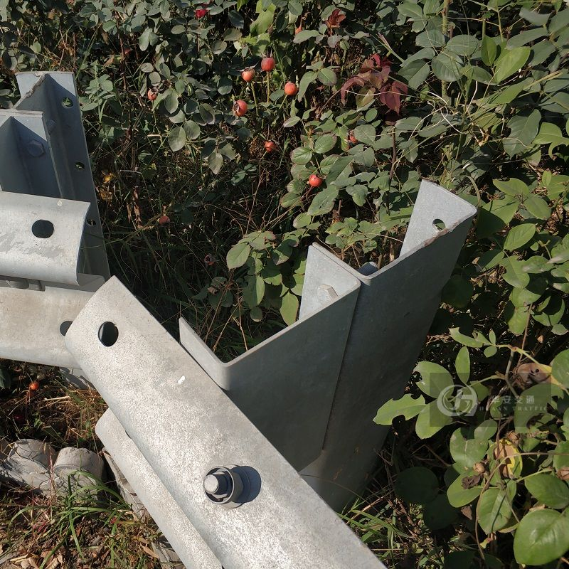 U steel highway guardrail traffic crash barrier post